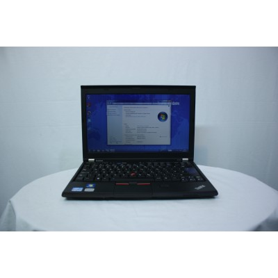 Leptopuri  Lenovo Thinkapad X220, Core i5 2520M, 4GB RAM, 250Gb HDD, 12.5